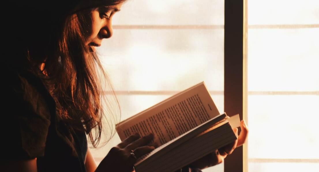 Въоръжени с книга: 4 места, където е добре да избягаме от реалността